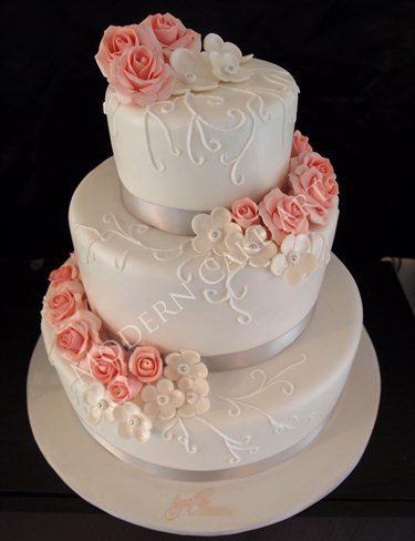 Cake Modern Art : Modern Cake Art, Ballarat West - Wedding Pages Australia
