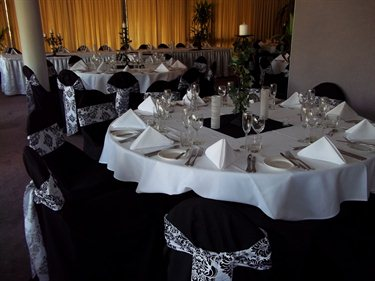Brisbane Mt Ommaney Hotel Apartments wedding receptions