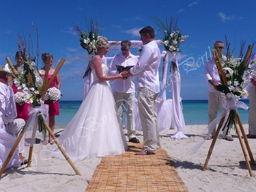 Decorations - Bon Bon Weddings Perth Marangaroo Western Australia